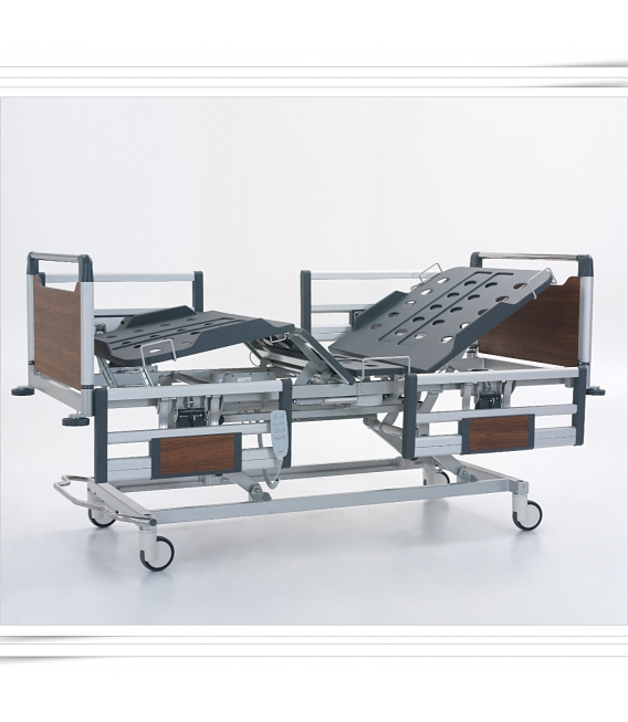 Pat spital 3 motoare